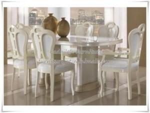 Set Kursi Makan Oval