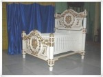 Tempat Tidur Bayi Raja