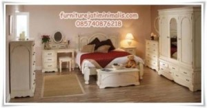 Tempat Tidur Minimalis Victorian