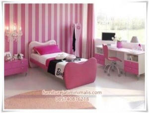 Set Kamar Anak Barbie