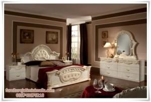 Set Kamar Tidur Mewah Rococo