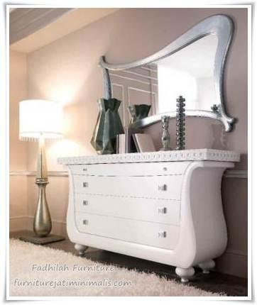 meja rias cabinet,meja rias minimalis,meja rias murah,meja rias antik,meja rias jepara,meja rias modern,model meja rias,harga meja rias