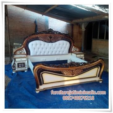 kamar klasik, kamar set klasik modern, kamar set klasik mewah, harga kamar set klasik, tempat tidur klasik modern, harga kamar set mewah