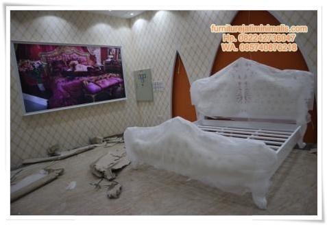 tempat tidur duco putih, tempat tidur duco, tempat tidur duco putih, tempat tidur duco mewah, tempat tidur duco murah, tempat tidur duco ukiran, tempat tidur duco minimalis, tempat tidur cat duco, harga tempat tidur duco putih